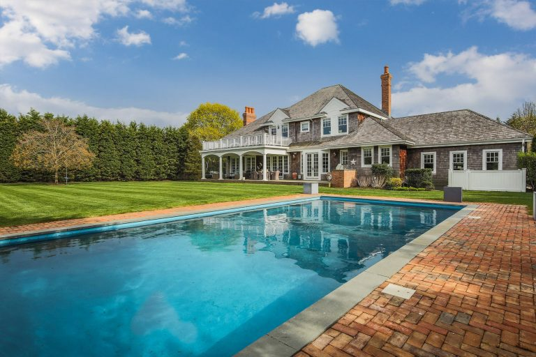 George Stephanopoulos lists his hamptons home pool