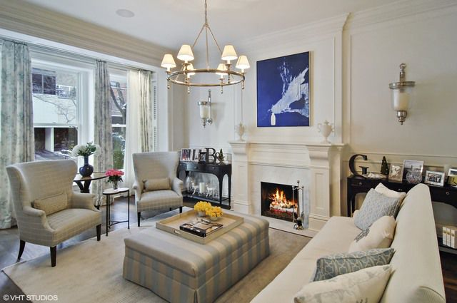 bill and giuliana rancic list their chicago townhouse for 6.8m living room