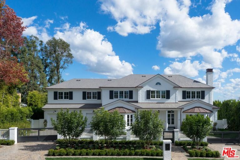 ben affleck snags pacific palisades mansion for 19.5m exterior jpg
