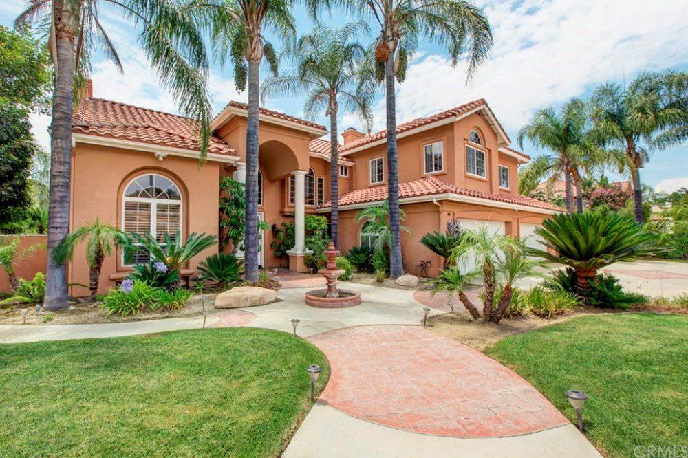 5-bedroom-in-Riverside-for-$1M