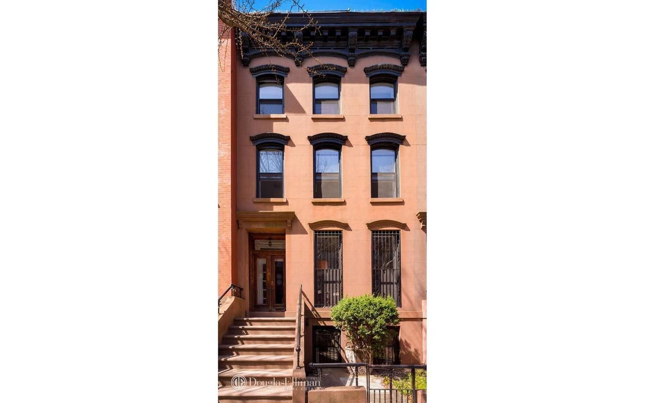 Holly Hunter lists her brooklyn townhouse for $4.5m exterior