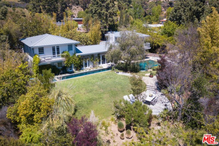 curtis stone leases and sells in the hollywood hills and encino sky view