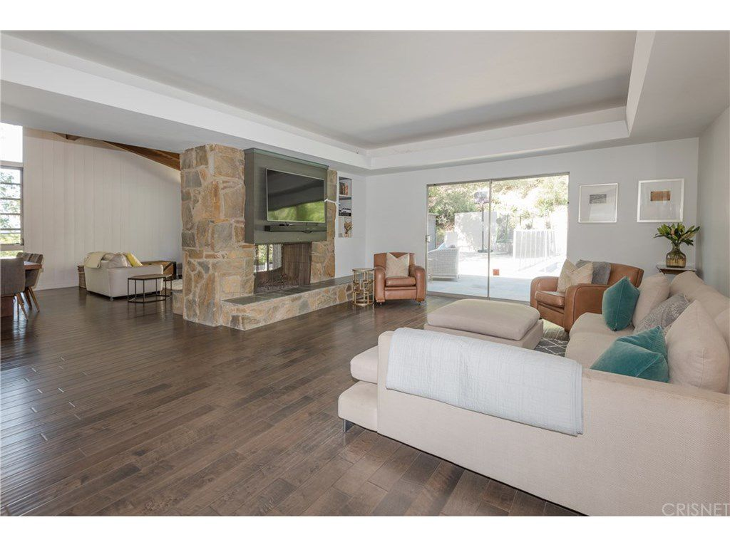 curtis stone leases and sells in the hollywood hills and encino family room