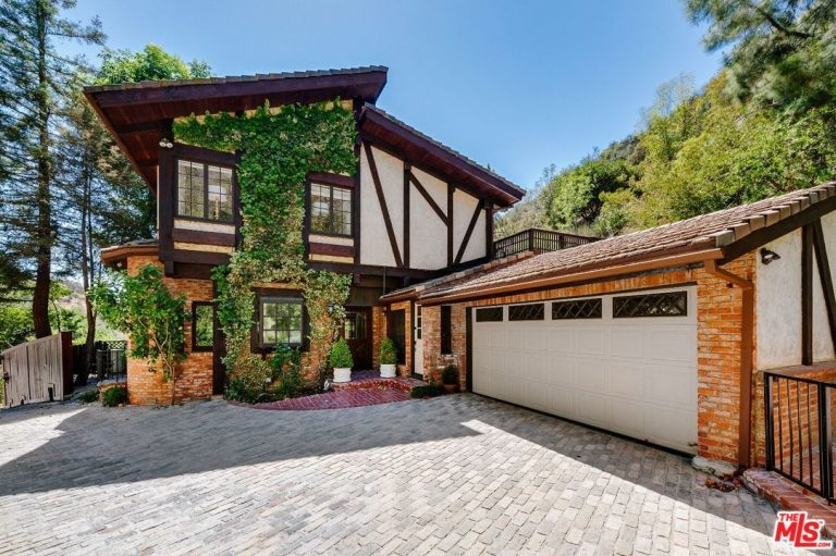 cher lists her beverly hills home for $2.499m exterior