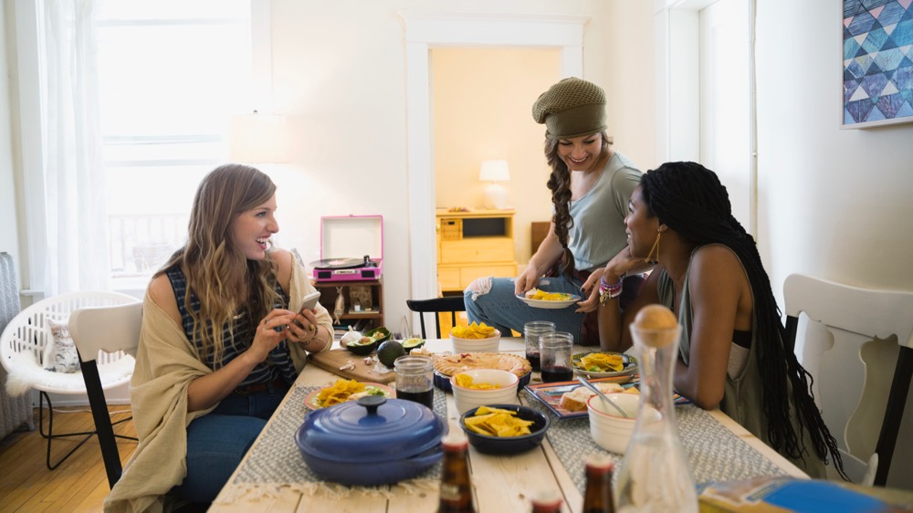 How to Find a Roommate to Cut Down on Your Rent | Trulia